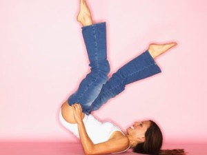 201001-omag-beautiful-tight-jeans-350x263
