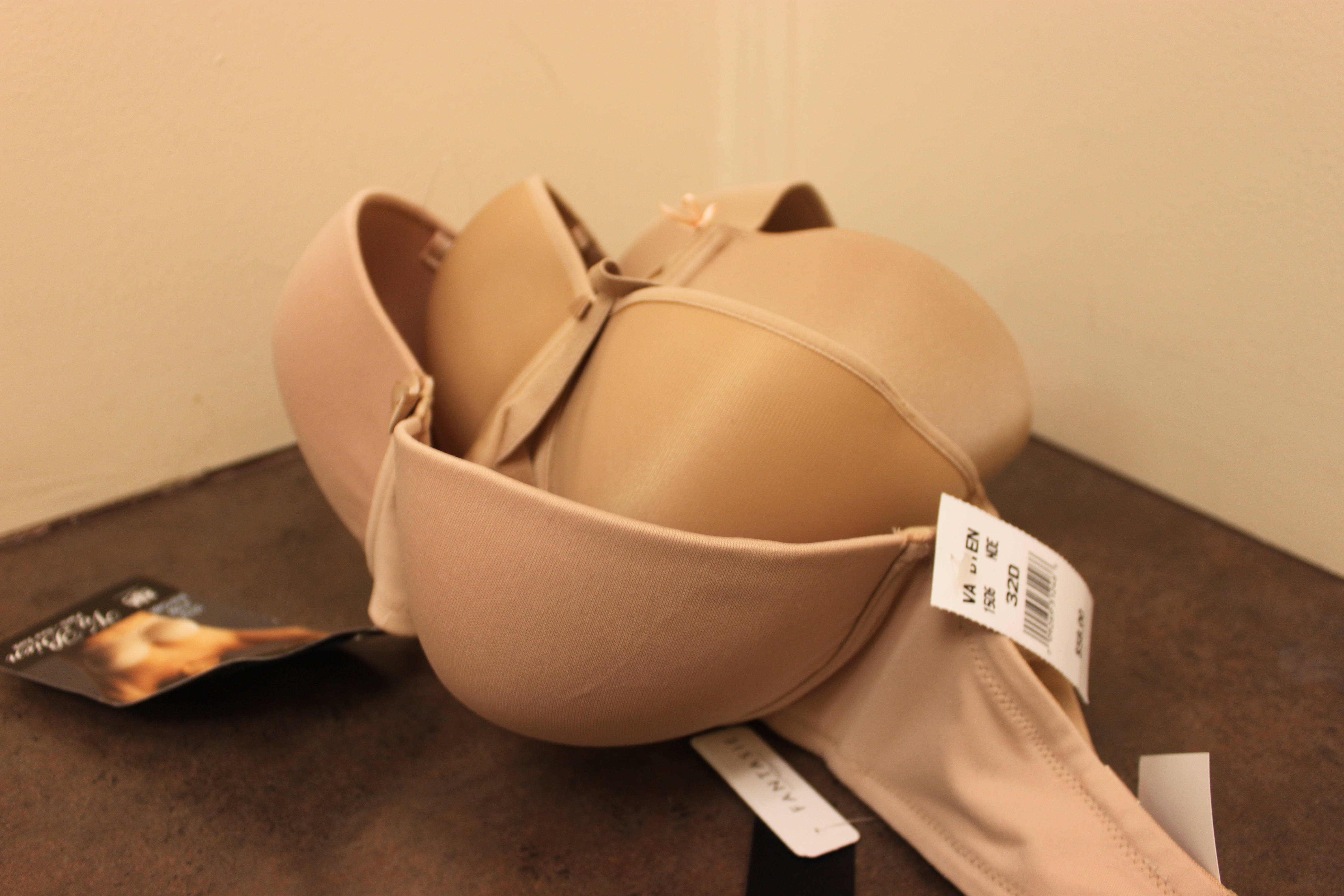 Spotlight on Strapless Bras