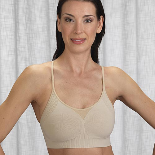 f3db7e439ac This Sassybax Yoga Sport bra is perfect for low-impact activities.